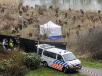 Wandelaars vinden stoffelijk overschot in riet Generaal SH Spoorpad De Staart Dordrecht