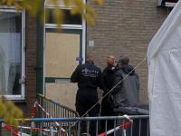 Recherche en brandweer verrichten in woning onderzoek Cremerstraat Papendrecht