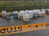 20172311-Verdachte-vaten-in-sloot-bij-Halmaheiraplein-Dordrecht-Tstolk-004