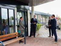 05062020-Minister-De-Jonge-bezoekt-Parkhuis-Dordrecht-Tstolk-002