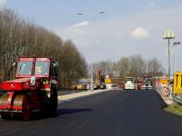 Vers asfalt voor nieuwe afrit A16