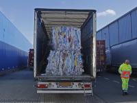 Vier verstekelingen in vrachtwagen op Kerkeplaat