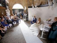 Volkszanger Danny Ebbers stapt in huwelijksbootje Dordrecht