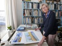 Karla Kaper met de waterbus Dordrecht