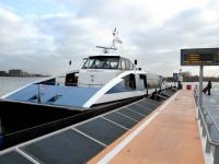 20121402 Waterbus vaart niet Dordrecht Tstolk