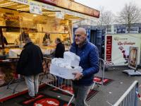Oliebollen verkopen Dordtsche Gebakkraam WC Bieshof Dordrecht